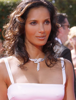 Padma Lakshmi discussing with Jimmy Fallon about her pregnancy