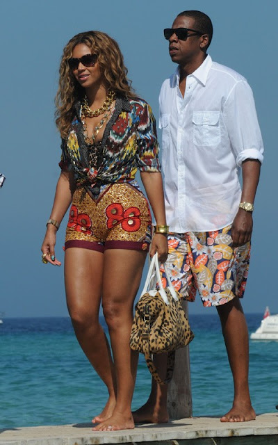 Beyonce-in african-print-boxing-kitten-ciaafrique