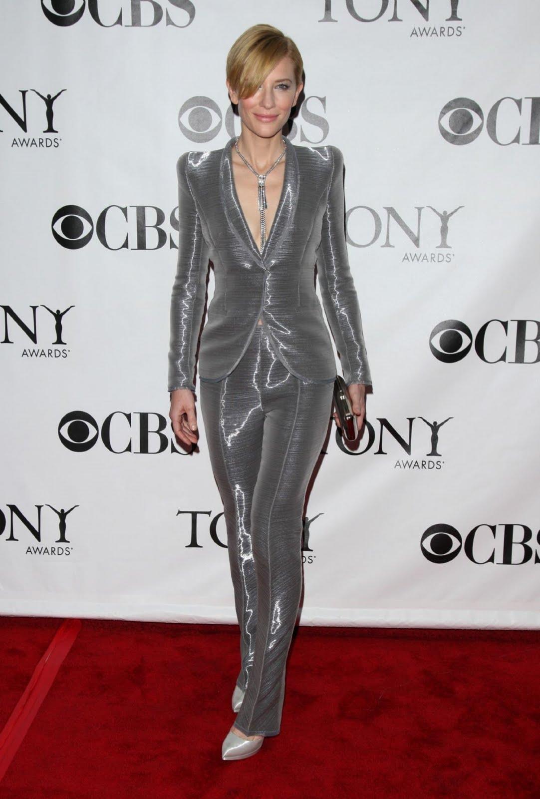 http://3.bp.blogspot.com/_Boiy80lCib8/TFdn9GdVosI/AAAAAAAAAcY/sLPhSs1Bl48/s1600/Cate+Blanchett+-+Armani+Priv%C3%A9+10.jpg