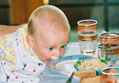 crazy baby eating food desktop wallpaper