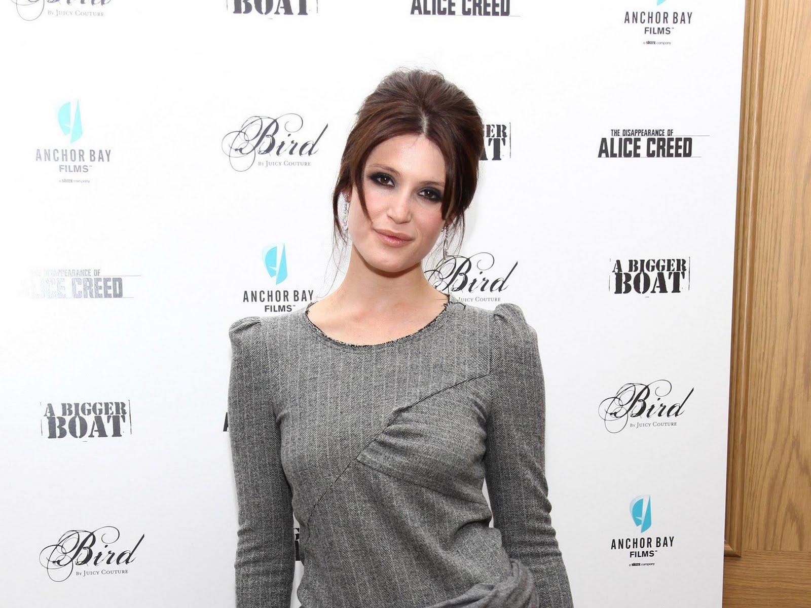 http://3.bp.blogspot.com/_BpAoKRSdVjQ/TVDQjZ3DLjI/AAAAAAAAEbw/0u6yrxlziok/s1600/Gemma-Arterton-hot-actress.jpg