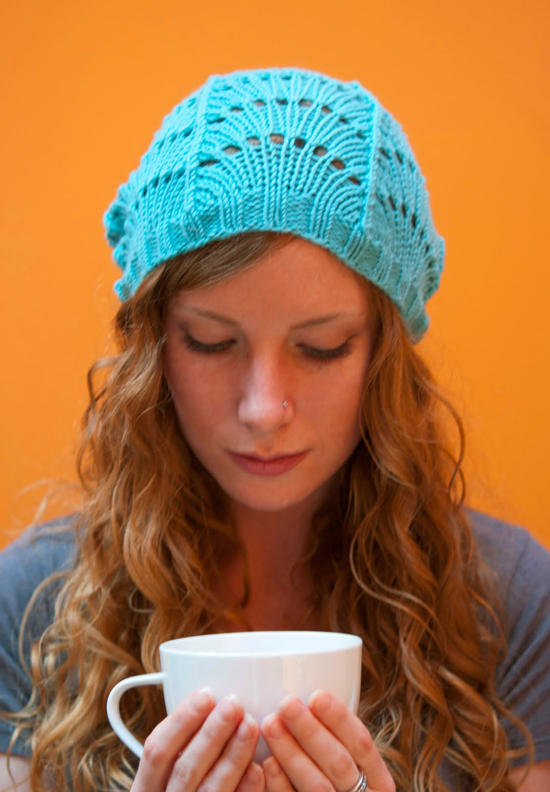 Free Knitting Patterns For Lace Hats : Ruby Submarine: Free Scallop Lace Hat Pattern!