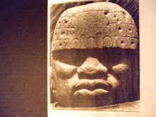 GIANT BASALT STONE HEAD OF MANDING-CUSH 'OLMEC' KING (DYNASTY 3113 BC TO 500 AD - MEXICO)