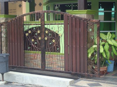 gambar pagar rumah on JOM TENGOK KAT BAWAH NIE, PILIH2 MANA YANG BERKENAN....