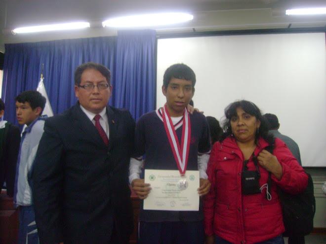1ª MEDALLA DE PLATA Y SUBCAMPEON NACIONAL DE BIOLOGIA EN EL NIVEL DE AVANZADOS V O.P.B. 2010