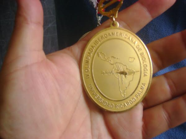 ¡PERU ES EL CAMPEON IBEROAMERICANO DE BIOLOGIA! GANAMOS LA MEDALLA DE ORO EN LA V O.I.A.B. 2010