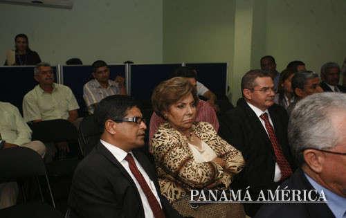 Putas Colombianas Y Panamenas Culiando Gratis Con Hombres Panamenos