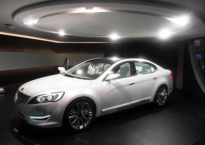 naza ria and cars kia luxury car 2010 kia knd 5 vg officially unveiled. Black Bedroom Furniture Sets. Home Design Ideas