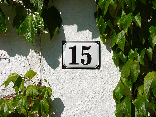 house numbers the gardener s cottage rh thegardenerscottage blogspot com Cape Cod House Number Signs Cape Cod House Number Signs