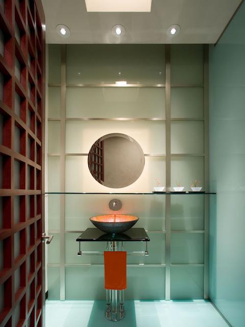 Photo de salle de bain moderne meuble et decoration de for Peinturer un comptoir de salle de bain