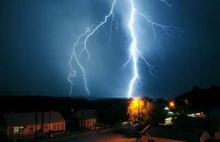 electic storm in Puerto Piramides
