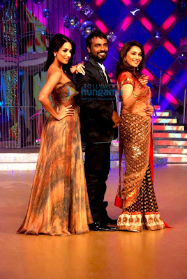 Madhuri, Malaika and Yana Gupta at 'Jhalak Dikhla Ja'
