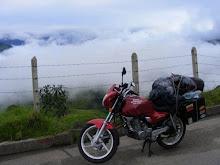 Moto, Púas y Nubes