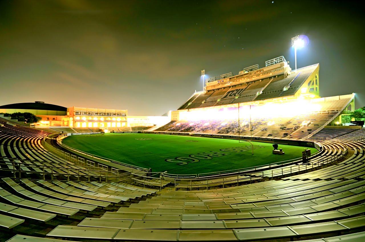 http://3.bp.blogspot.com/_BwMQiTTD5Ak/TNdaMzPWDmI/AAAAAAAAB6g/TfwT3Lj8bxE/s1600/Amon+G+Carter+Stadium+Lights.jpg
