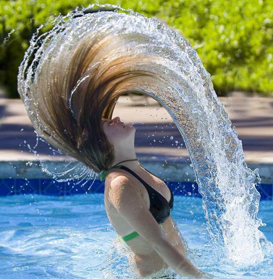 La reconstitución de los cabello después de seboreynogo