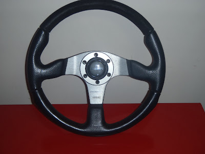 Momo Aftermarket Steering Wheel 352 mm