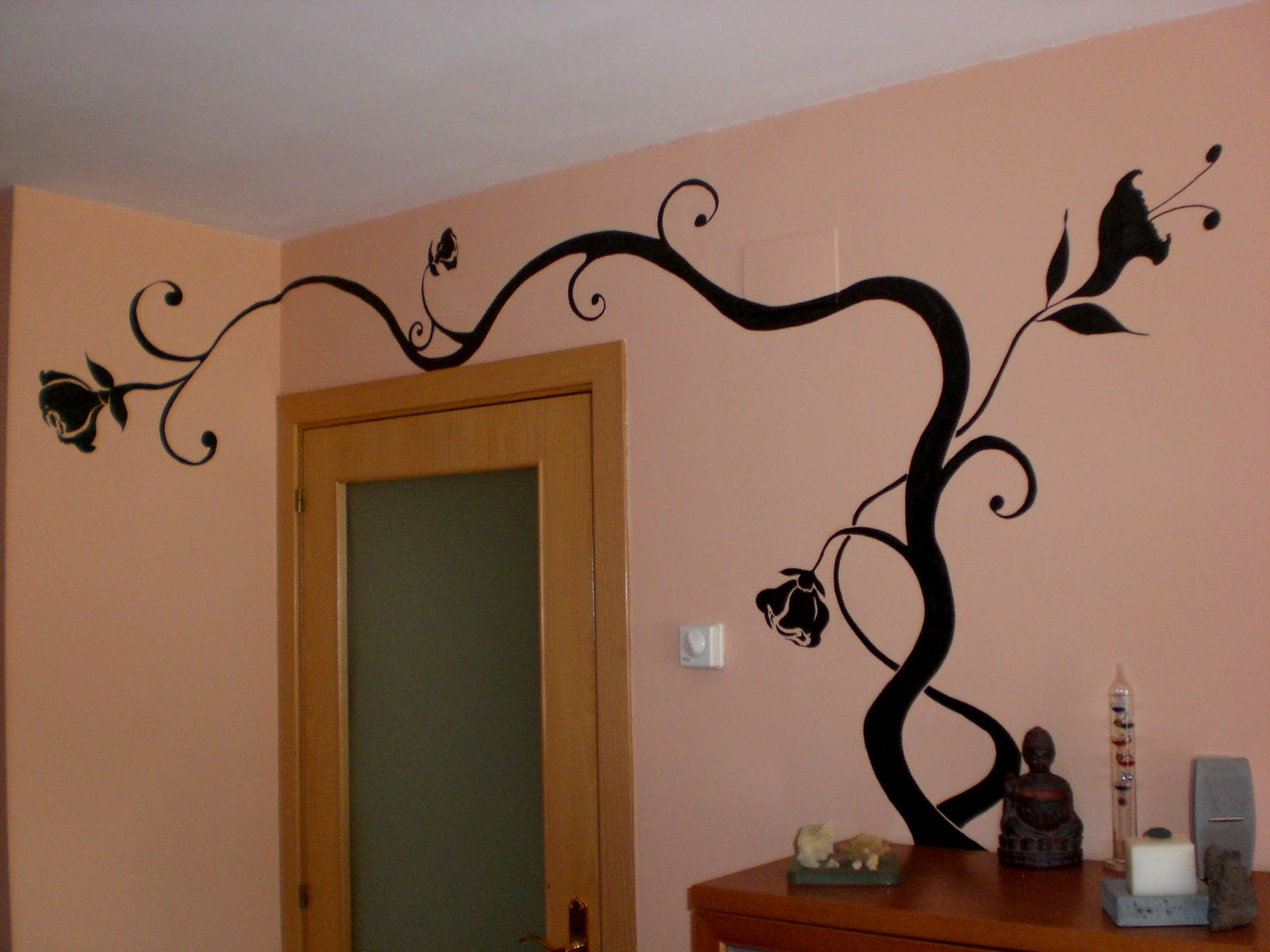 arte en tu pared: Enredaderas en el comedor.