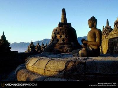 [Gambar: borobudur-temple-292612-lw.jpg]
