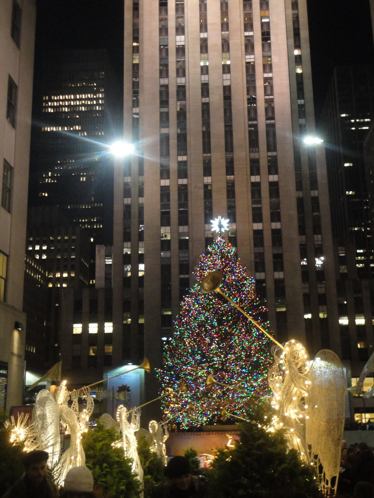 No Matter How Many Times Iu0027ve Seen It In My Life, The Christmas Tree At  Rockefeller Center Never Fails To Fill Me With Childlike Awe And Wonder.