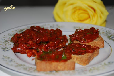 Eylems kitchen cemen turkish tomato paste dip i created english version of my blog it is going to have different content from my other blog called eylems taste but it will include most of the same forumfinder Images