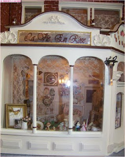 les miniatures de b atrice la vie en rose fin. Black Bedroom Furniture Sets. Home Design Ideas