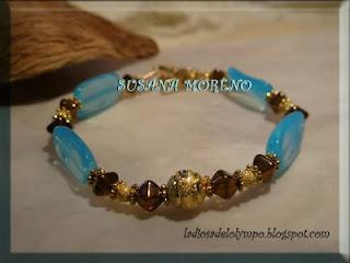 pulsera de perlas teja azul