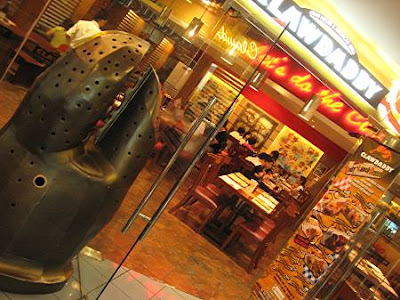 Clawdaddy Crab House and American Grill, The Ledge, Shangri-la Plaza
