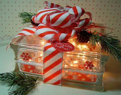 Craft Ideas Glass Blocks on Lights  Bows  And Presents   Gorgeous Candy Cane Lighted Glass Block