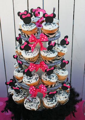 Zebra Birthday Cake on Heavenly Blooms  Kate S Minnie Mouse Birthday Party