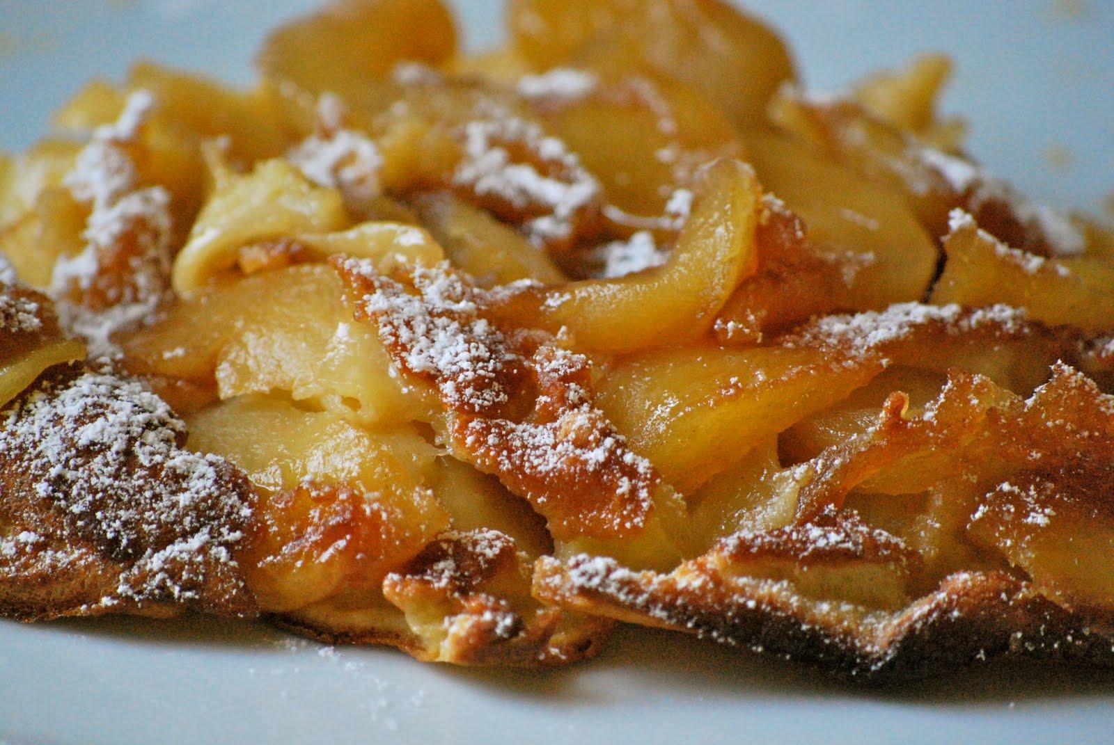 Joyful Baker: German Apple Pancakes