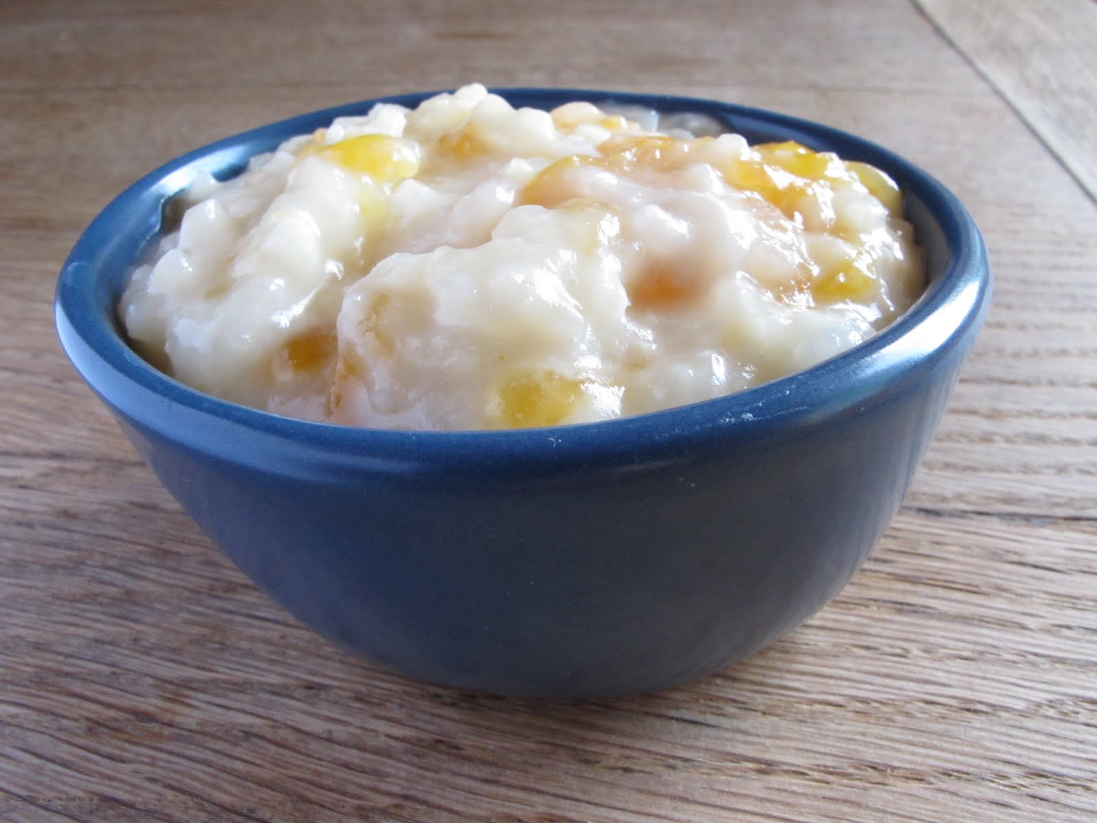 Rice pudding recipe with loquats and coconut milk