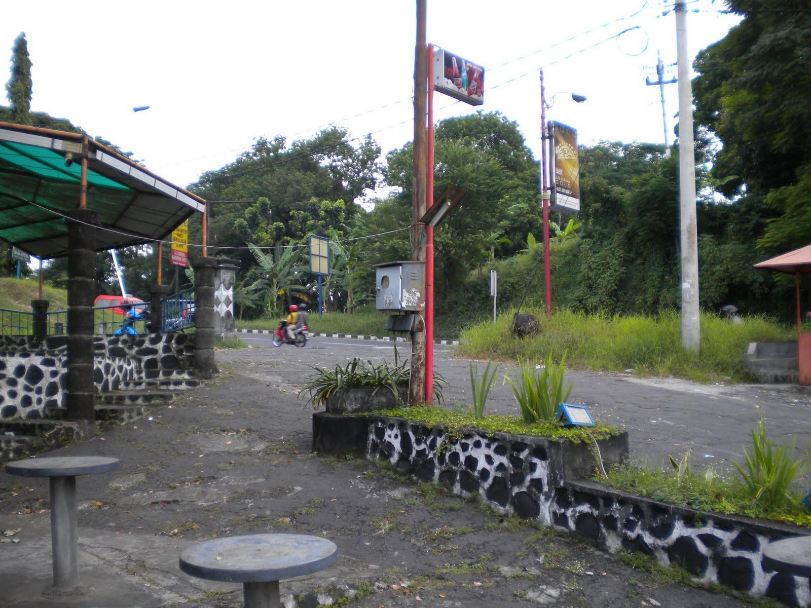 Tempat Angker Dan Misteri Tanjakan Gombel Semarang