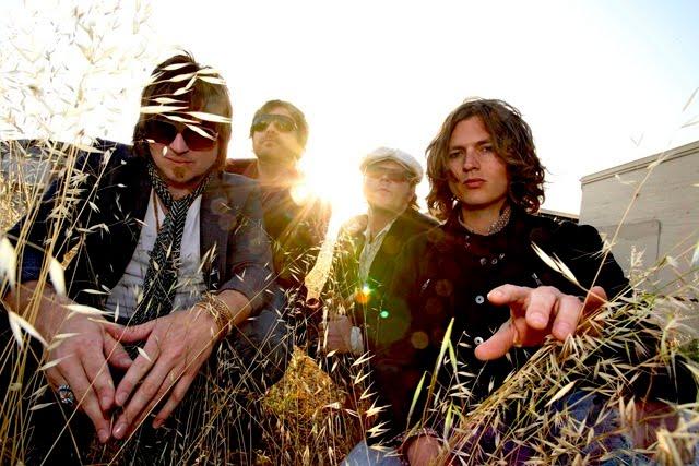 http://3.bp.blogspot.com/_CGXuAHWQ93Q/TCweiFD4IkI/AAAAAAAAAJc/CANjxbCPkBY/s1600/Rival+Sons.jpg