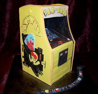 Pac Man Arcade Cake