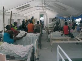 Une tente médicale de l'hôpital