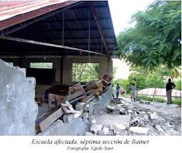 Escuela dañada en Bainet