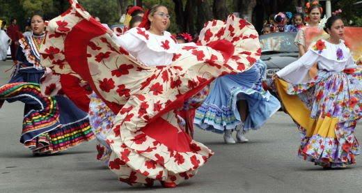 [LatinoParadeAndJamaicaA520x277.003]