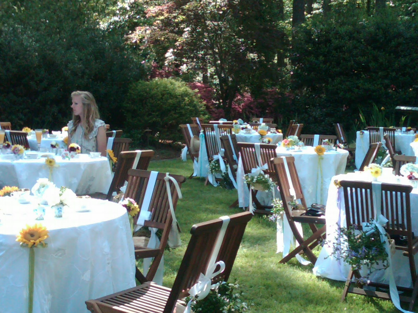 LisaKnowsTea: A Garden Tea Party-Hostess Tips