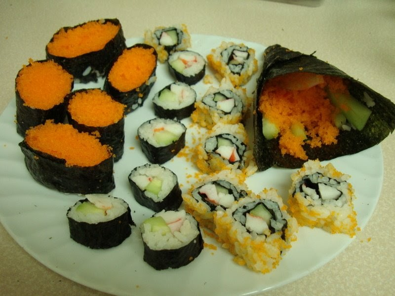 Flying fish roe sushi for Flying fish roe
