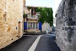 La rue du centre à Saint-drézéry
