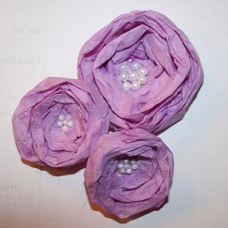 Цветочки из атласной ленты