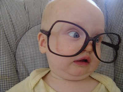 http://3.bp.blogspot.com/_CMhkcRtCnUA/TP30qOA4rKI/AAAAAAAAA4c/LZz39UIkCQs/s1600/big_funny_glasses.jpg