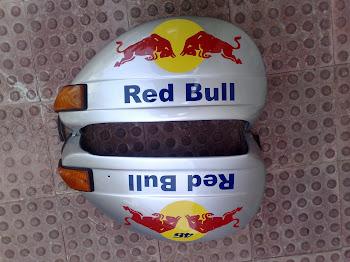 Vespa Red bull