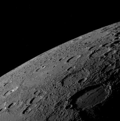 Mercurio fotografiado por la sonda MESSENGER III