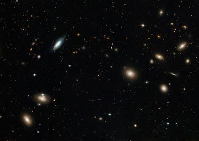 El cúmulo de Coma visto por el HST
