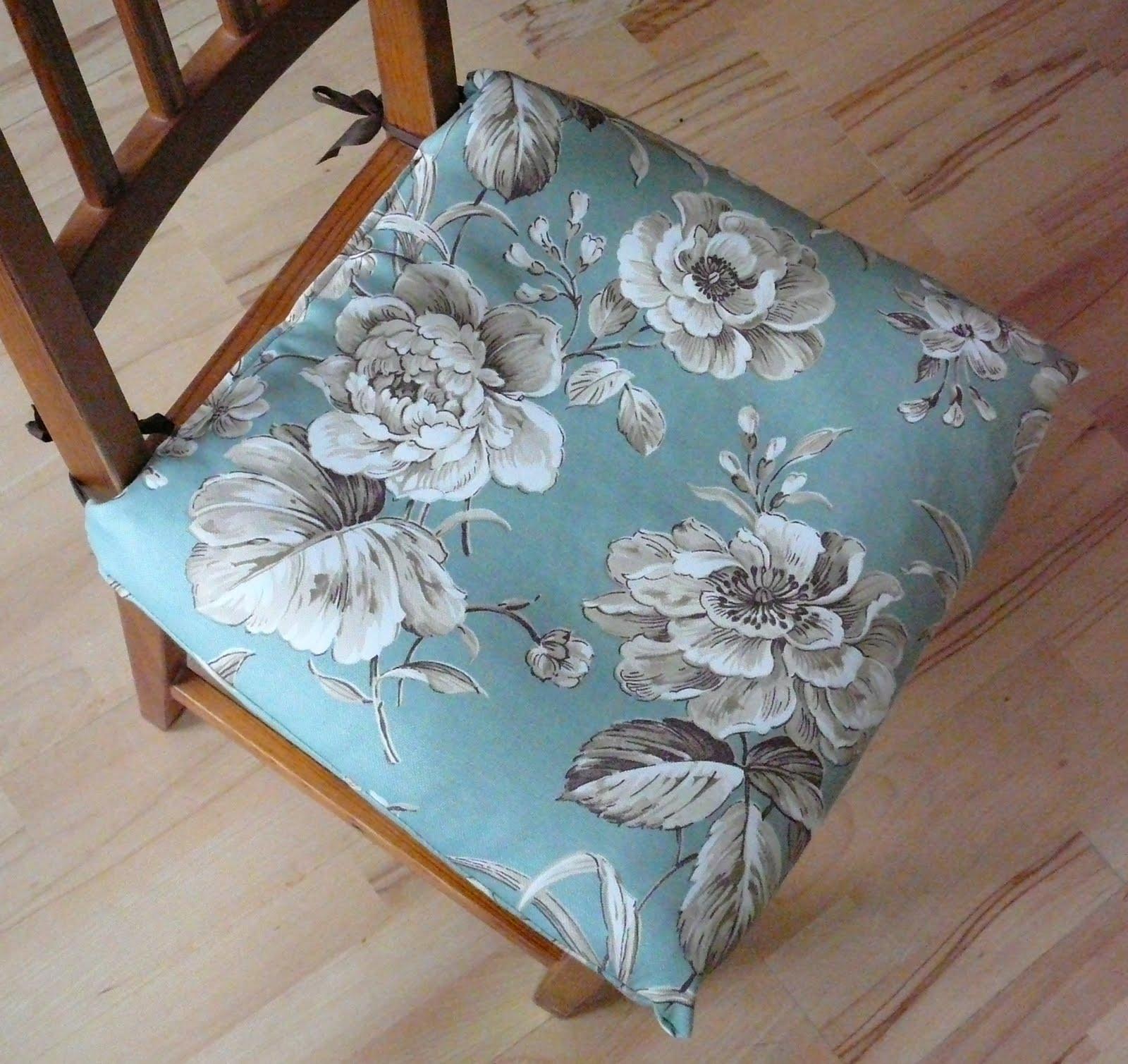 projekte projekte noch sch ner wohnen schwedische stuhlkissen aufger scht. Black Bedroom Furniture Sets. Home Design Ideas