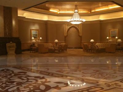 [Image: Palace+hotel+lobby.jpg]