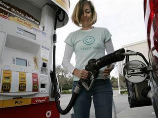 Bajan cheles a los combustibles; entre 40 y 92