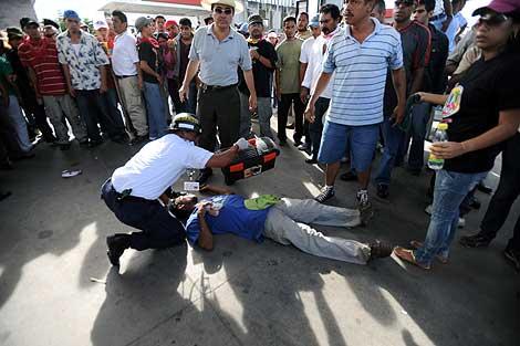 Disturbios, saqueos y cinco muertos en los choques entre policía y «zelayistas»