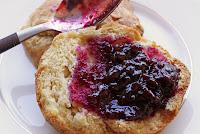 http://3.bp.blogspot.com/_CRUMwh5jVrc/TDEceYe2lhI/AAAAAAAAA2w/8TK1CL1Gpdc/s1600/biscuit+spoon+4_sm.jpg